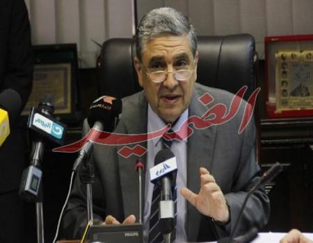 وزير الكهرباء تصوير مريهام صالح 9 585x390 Copy